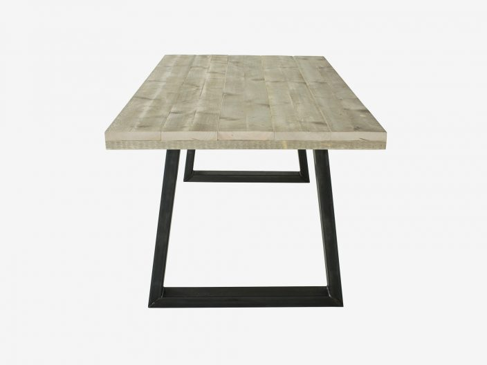 steigerhouten tafel jorn met witte achtergrond