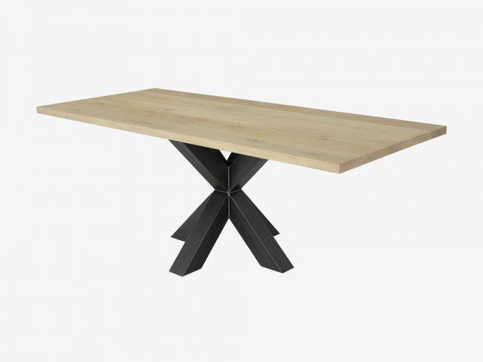 Industriele eikenhouten tafel Fedor witte achtergrond1