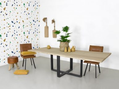 Tafel Duc eikenhout met spinpoot en boomstam tafelblad