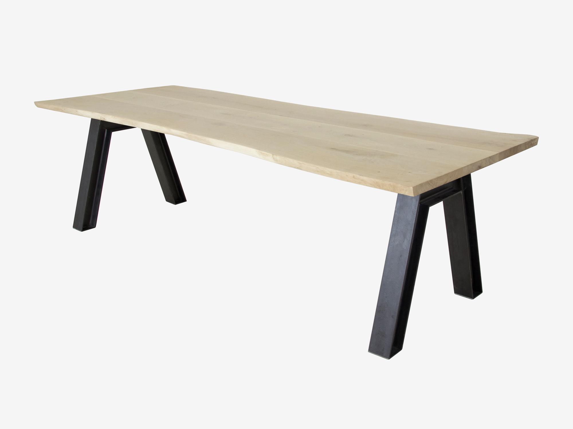 Boomstam tafel vos op maat gemaakt f rn meubelen for Eettafel op maat laten maken